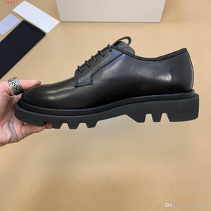 new business leather shoes Black leather patent leather Fashionable men's dress shoes Lacing opening method size 38-44