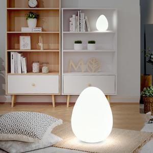 Nordic Floor Lamp para sala simples moderno cabeceira quarto lâmpada remota Tabela LED Vertical Controle Decor candelabro Luz