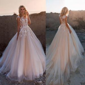 2020 Nouvelle dentelle de Bohème Robes de mariée Une ligne Appliqued Jewel Neck Robe de mariée pas cher Boho Plus Size Garden Robes de mariée Robe 816