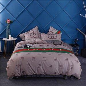 Lüks Çizgili Pamuk Yatak Kapak Moda Çift G Mektupları Baskı Yatak Seti Yeni Yumuşak Erkekler Kadınlar Yatak Suit Ev Tekstil