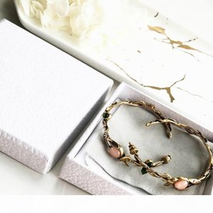 Famous jewelry Vintage Old Wreath Pearl Vacation Earrings letter C and D earrings women wedding jewelry gifts