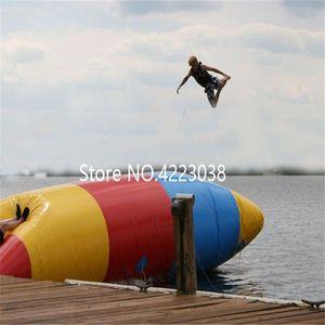 Envío gratis 9 * 3 mInflatable Water Catapult Packs Almohada inflable Blob de agua inflable Bolsa de salto Camas flotantes liberan una bomba
