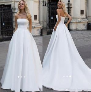 2020 Простой элегантный Long White Satin Свадебные платья линии без бретелек из бисера Жемчуг Плюс Размер Свадебные платья