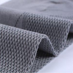 Casual Hommes Coton confortable Mode Tendance Hight Qualité Couples Hommes Femmes gris Chaussettes Une Taille