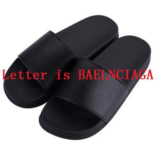 Klasik moda erkek ve kadın terlik siyah beyaz yüksek kaliteli PU malzeme yumuşak alt yaz plaj sandalet
