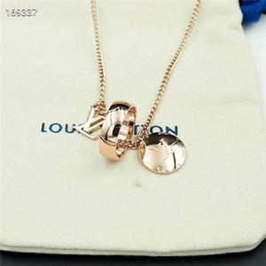 Fashion Luxurious 2020 Designer für Frauen Halskette großen Doppel-Ring-18K Gold Titan Stahl Charme lv Halskette Schmuck 198