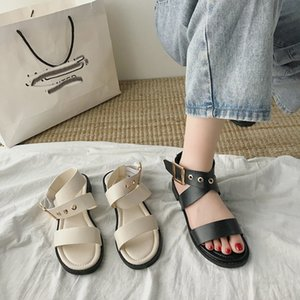 New Listing Casual Fashion Sandals for Women Students Open Toe Cross Strap Beach Shoes