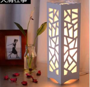 Lámpara del dormitorio de cabecera tallada lámpara de mesa creativa oscurecimiento cálida luz de la noche mesa de regalos de cumpleaños + soporte para teléfono móvil