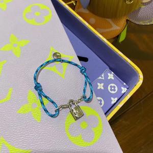 Européenne et la personnalité nouvelle mode américaine forme Lock design Bracelet Simple et élégante Tempérament Creative sauvage Bijoux cadeau de vacances