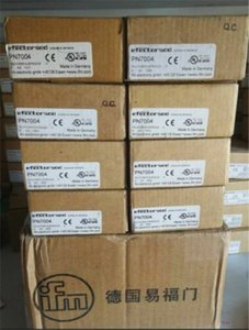 1Pc New Ifm Pressure Sensor PN7004 wl