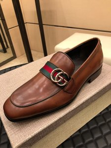 18SS Designers grande formato Nuovo arrivo Split in pelle Scarpe Uomo Casual modo superiore di guida Mocassini slittamento sui fannulloni Uomini piatto scarpe nuove