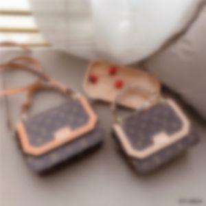 LouisHandbags vuittonHandbags Fashion Bag Leather Shoulder Bags Crossbody Bags Handbag Purse clutch backpack wallet