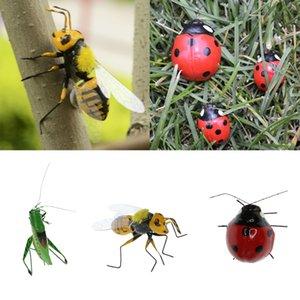 3pcs Vivid insectes Figurine Abeille Ladybird Katydid Statue Jardin Sculpture Plante mur Hanger