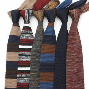 비즈니스 남자 블랙에 대한 고전적인 남성 니트 넥타이 패션 삼각형 스트라이프 니트 스키니 짠 목 넥타이