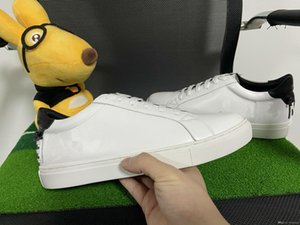 High Quality Hot Sale Fashion Men &#039 ;S Designer Shoes Classic Top Designer Leather White Casual Shoes Size 35 -46