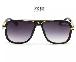 Explosão na moda estilo de moda Óculos de sol New Modern Glasses Retro Leopard Design Letra SelvagemLVOculos de sol