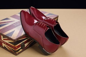 Hot Sale-Luxury Men British Red black Pointy lace-up leather show shoes Wedding Flats Male Dress Homecoming Prom Formal shoes AA591