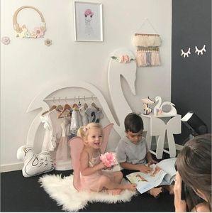 Perchero de aterrizaje Decoración de la habitación de los niños Los bebés organizan perchas Perchas en forma de cisne para la decoración de la habitación de los niños