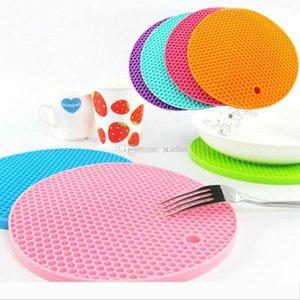 Food Grade-Silikon-Meal-Pads Anti-Rutsch-Hitzebeständige Matte verdicken Bee Haus-Form Anti Scalding Coasters Home Küchenwerkzeug WX9-267