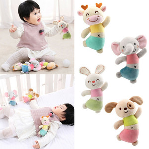 Neue Baby-Jungen-Spielzeug Gefüllte Baby-Kind-Baby-Tier 11.5 CM Handglocke Entwicklungsspielzeug Bettglocken Weiche Rattle Cotton 2020