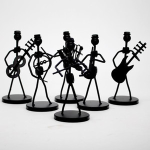 1pc Mini fer Music Band modèle miniature Figurines Musiciens Artisanat Arts Décorations Party Favor cadeau Design aléatoire
