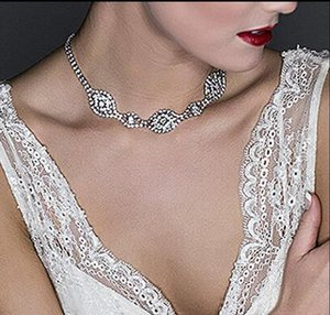 Женщины моды кулон ожерелья Шарм ожерелье невесты Свадебные аксессуары Назад Цепные Чокеры ожерелье Бич Ювелирные аксессуары Воротник цепи