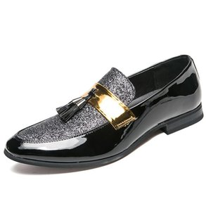 2019 New Metal fashion gold Tassel of Loafers Designer Brand Mocasines Gentleman Luxury Fashion Stress Shoes Men Brand Men Shoes