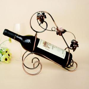 Europa creativo metal estante del vino forma geométrica artesanía vino gabinete decoración moda retro decoración del hogar Otros productos de bar por mayor