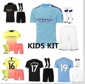 Kids kit 19 20 City KUN AGUERO CITY DE BRUYNE MAHREZ soccer Jersey 2019 2020 KOMPANY Bernardo Sane Youth Football Shirt with sock