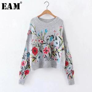 [EAM] 2019 Otoño Invierno Cuello redondo Manga larga Flor Bordada Tejido gris Suéter suelto cálido Mujeres Moda Marea Y190830