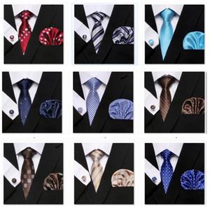 Erkekler Tie Seti Puanl Stil Serisi Kravat Hanky Kol Düğmeleri Klasik İpek Jakar Dokuma Genişliği İş 3pcs / set Parti WX9-1742
