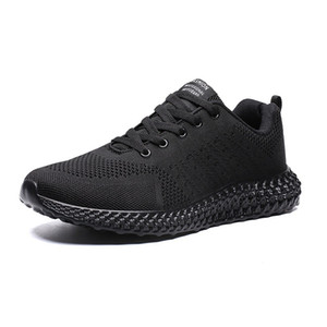 Black Sneakers Cheap Running Shoes 2020 Men Women Highest Quality Sports Shoes Classical Designers Shoes Best Christmas Gift