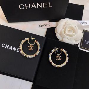 Bunte Diamant-Ohrringe Kristall Ohrringe Asymmetrie Luxus Frauen Ohrringe heißen Verkauf Göttin wesentlich Super Gesicht dünn süß und einfach Atmos