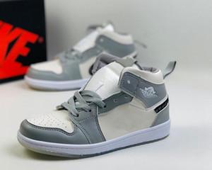 Los zapatos de baloncesto de las zapatillas de deporte infantil OG Jam 1s niños criados en baned niños pequeños recién nacido del bebé Formadores Niños Niño Niña zapatilla de deporte de los niños size24-35