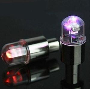 boquilla de aire de la rueda de la llama válvula de bicicleta de la motocicleta de la lámpara válvula coloridos de la montaña luces LED lámparas con sensor de movimiento luces luciérnaga habló luz de neón