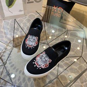 MENS DesignershoeS Brandslipper Beach scarpe da barca tigre Infradito scarpe ragazzi di lusso di corte MENS Designershoes casuali con scatola 20030507T