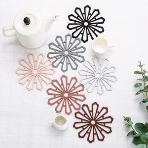 Fleur Coaster Table Mats Creative épaissie silicone souple Coupe d'isolation Tapis Coaster ANTIDÉRAPANTES Table Mat Fleur HHA1267