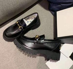 2019 Nouveau Designer Femmes Horsebit Chaussures Casual Mocassins luxe Marque femmes Low Cut Slip-on sneakers en cuir véritable Taille 35-40