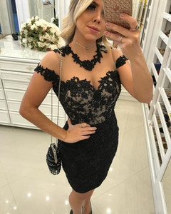 2020 New Arrival Sexy Plus Size Cocktail Dresses Jewel Neck Black Lace Appliques Cap Sleeves Knee Length Prom Dress Pretty Woman Party Dress