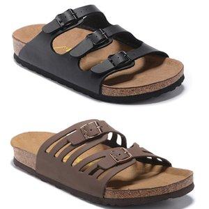 2020 nuovo caldo Uomini Beach scorrere sandali Medusa Scuffs 2020 Slippers Mens bianca della spiaggia di modo dello slip-on sandali US 7-12