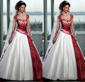 2019 красный и белый готический свадебные платья площадь осень плюс размер бальные платья с коротким рукавом из органзы развертки поезд Сексуальная спинки свадебные на заказ