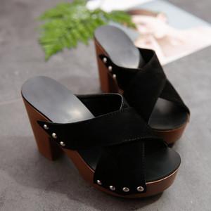 Yeni Yaz Tıknaz 10 CM Yüksek Topuklu Akın Terlik Burnu açık Parti Ayakkabı Rahat Tarzı Sandalet Ayakkabı En İyi Kalite AB Boyutu: 35-40 ADF-987