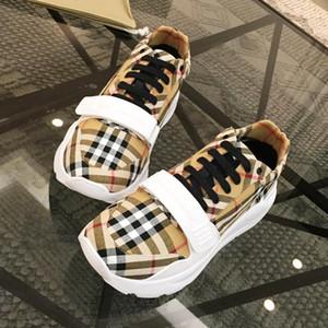 패션 스니커즈 Mens 대형 사이즈 헤렌 스포츠 츄 허 빈티지 체크 코튼 스니커즈 럭셔리 남성 슈즈 Casual Zapatos de hombre Hot Sale