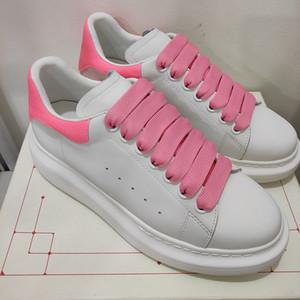 Hakiki deri Kadınlar ayakkabı Lüks Tasarımcı Sole kalınlığı 4,5 cm arttır boyutu 35-42 modeli LB04 sneakers
