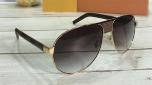 새로운 패션 디자이너 남성 선글라스 1177 파일럿 금속 프레임은 최고의 캐주얼 고전 야외 UV400 보호 안경 판매