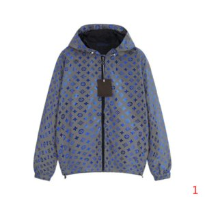 20s Hot Sale Mens Jacket Hooded Spring Autumn Coat Zipper Pocket Letters Print Fashion Men and Women Windbreaker Jacket