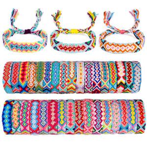 Hot 100 Pcs Amizade pulseira artesanal tecido pulseira de corda trançada colorida Rainbow Beach Bohemian para Mulheres Jóias 30 cores