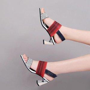 Goddess2019 патент на кожаные туфли на высоком каблуке женщина Ся Чжэньпи сандалии орфография грубый цвет ног одно слово принести волшебные субсидии с Римом