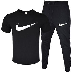 Erkekler Yaz Eşofman Tasarımcısı T-shirt + Uzun Pantolon 2 Parça Setleri Katı Renk Kıyafet Suits Yüksek Kaliteli Eşofman Takımları