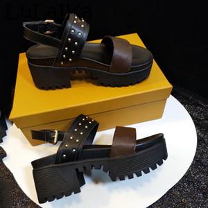 2019 primavera nuovo marchio nero tondo testa signora tacchi alti scarpe stampa sexy plum tacco donna elegante sandali da sposa partito